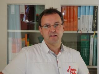Hendrik Juppe mit Brille